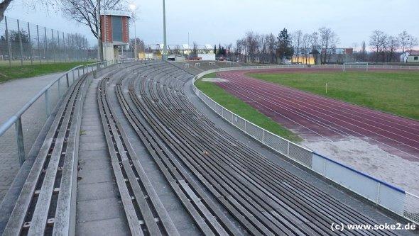 soke2_090316_ground_wiesbaden,stadion-an-der-berliner-strasse_www.soke2.de001