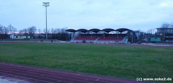 soke2_090316_ground_wiesbaden,stadion-an-der-berliner-strasse_www.soke2.de003