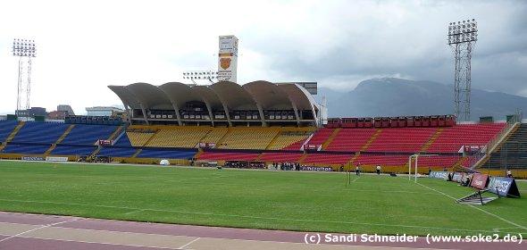 sandi_091122_ground_quito,estadio-olimpico-atahualpa_www.soke2.de010