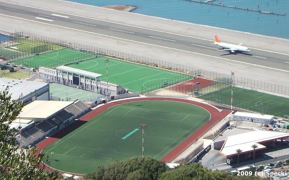 specki_2009_ground_gibralta,victoria-stadium_www.soke2.de001