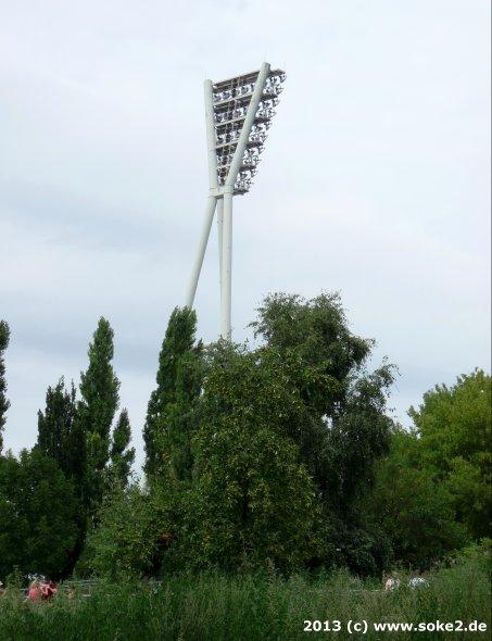 130804_berlin,friedrich-ludwig-jahn-sportpark_soke2.de001