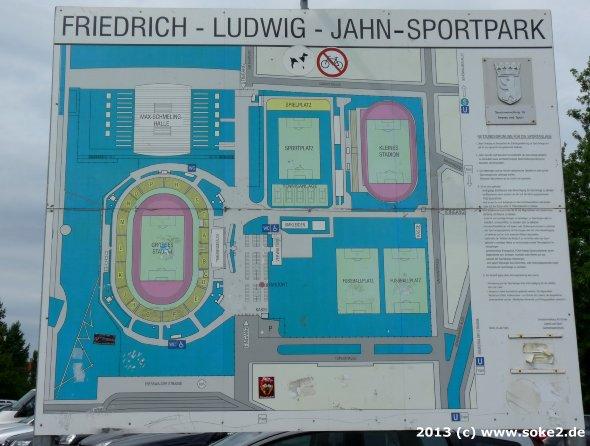 130804_berlin,friedrich-ludwig-jahn-sportpark_soke2.de002