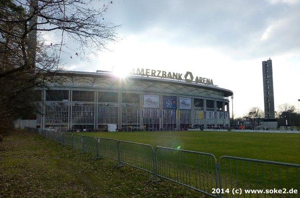 140302_frankfurt,waldstadion_cba_soke2.de002