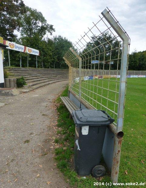140924_buerstadt,robert-koelsch-stadion_www.soke2.de004