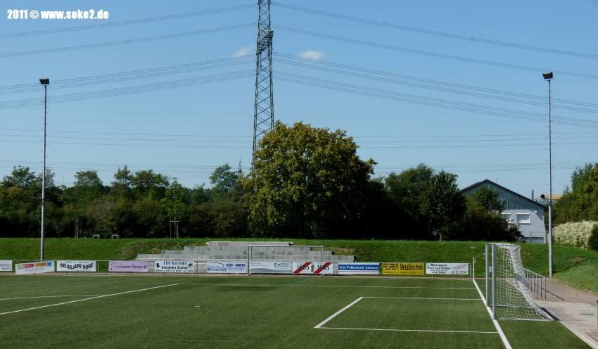Soke2_Nussloch,Max-Berk-Stadion_Kunstrasen_P1560024