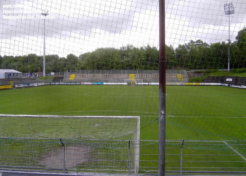 Ground_060527_Elversberg,Stadion-an-der-Kaiserlinde_PICT9749
