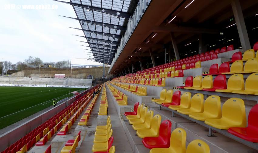 soke2_Elversberg,Stadion-Kaiserlinde_2017P1010254