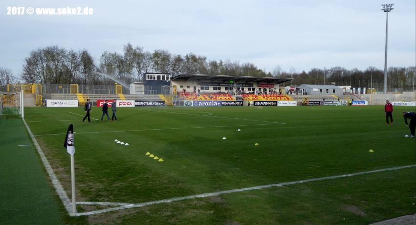 soke2_Elversberg,Stadion-Kaiserlinde_2017P1010259