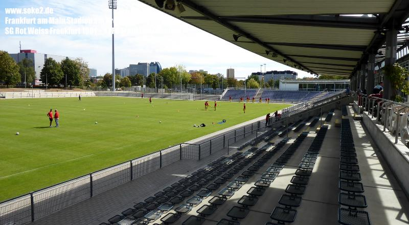 Ground_180909_Frankfurt_Stadion-am-Brentanobad_Soke2_P1030341