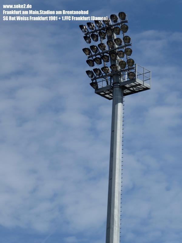 Ground_180909_Frankfurt_Stadion-am-Brentanobad_Soke2_P1030410