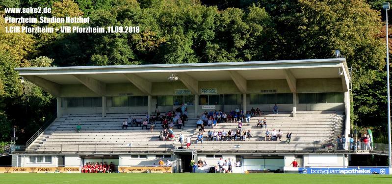 Ground_Soke2_180911_Pforzheim_Stadion-Holzhof_P1030443