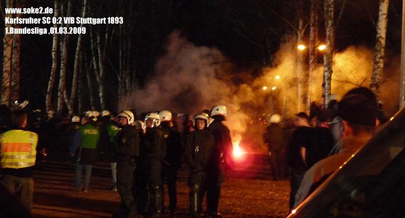 Soke2_090301_Karlsruher-SC_VfB_Stuttgart_Bundesliga_2008-2009_P1030168