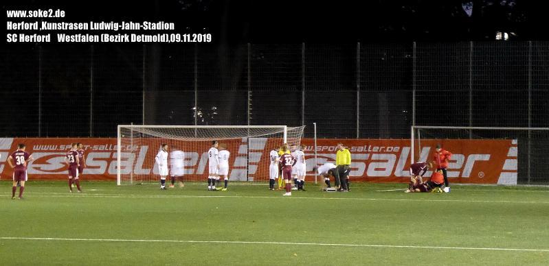 Ground_Soke2_191109_Herford,Kunstrasen-Ludwig-Jahn-Stadion_Wetsfalen_P1200322