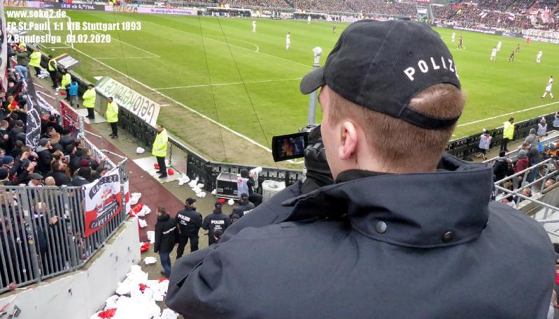Soke2_200201_FC_St.Pauli_VfB_Stuttgart_1893_P1230056