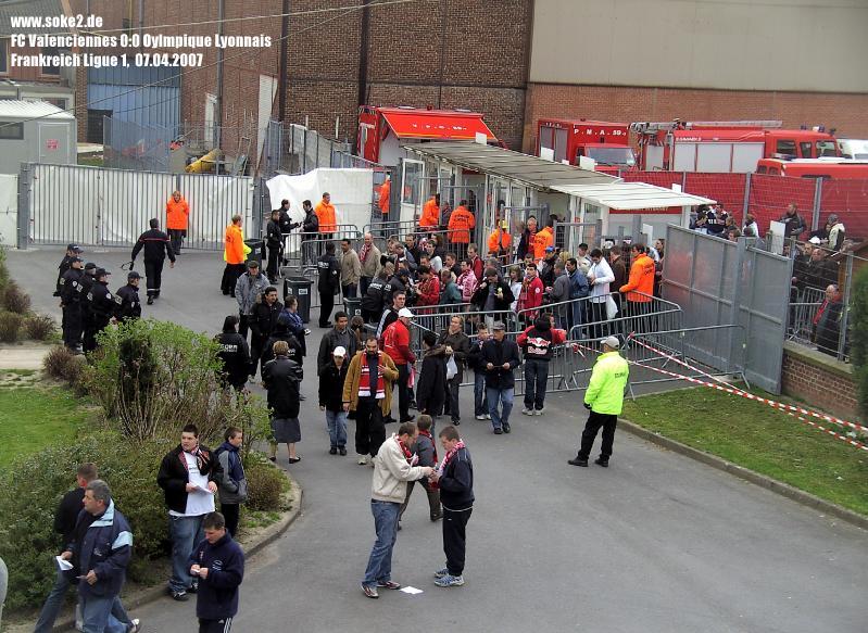 Soke2_070407_FC_Valenciennes_0-0_Olympique_Lyon_BILD0205