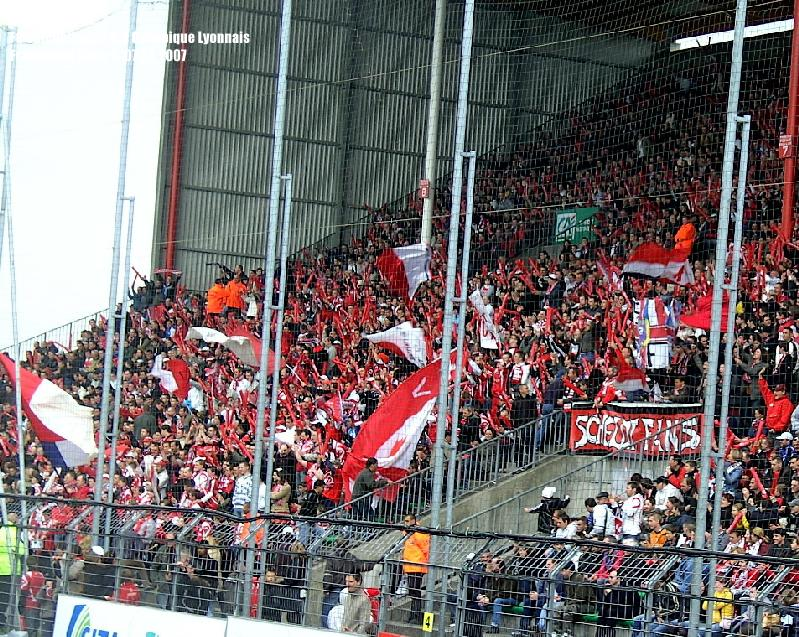 Soke2_070407_FC_Valenciennes_0-0_Olympique_Lyon_BILD0214